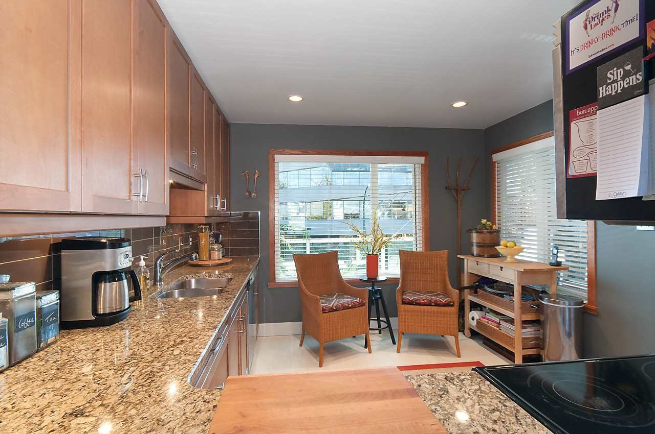 Photo 8: Photos: 1001 W 8TH Avenue in Vancouver: Fairview VW Townhouse for sale (Vancouver West)  : MLS®# R2123885