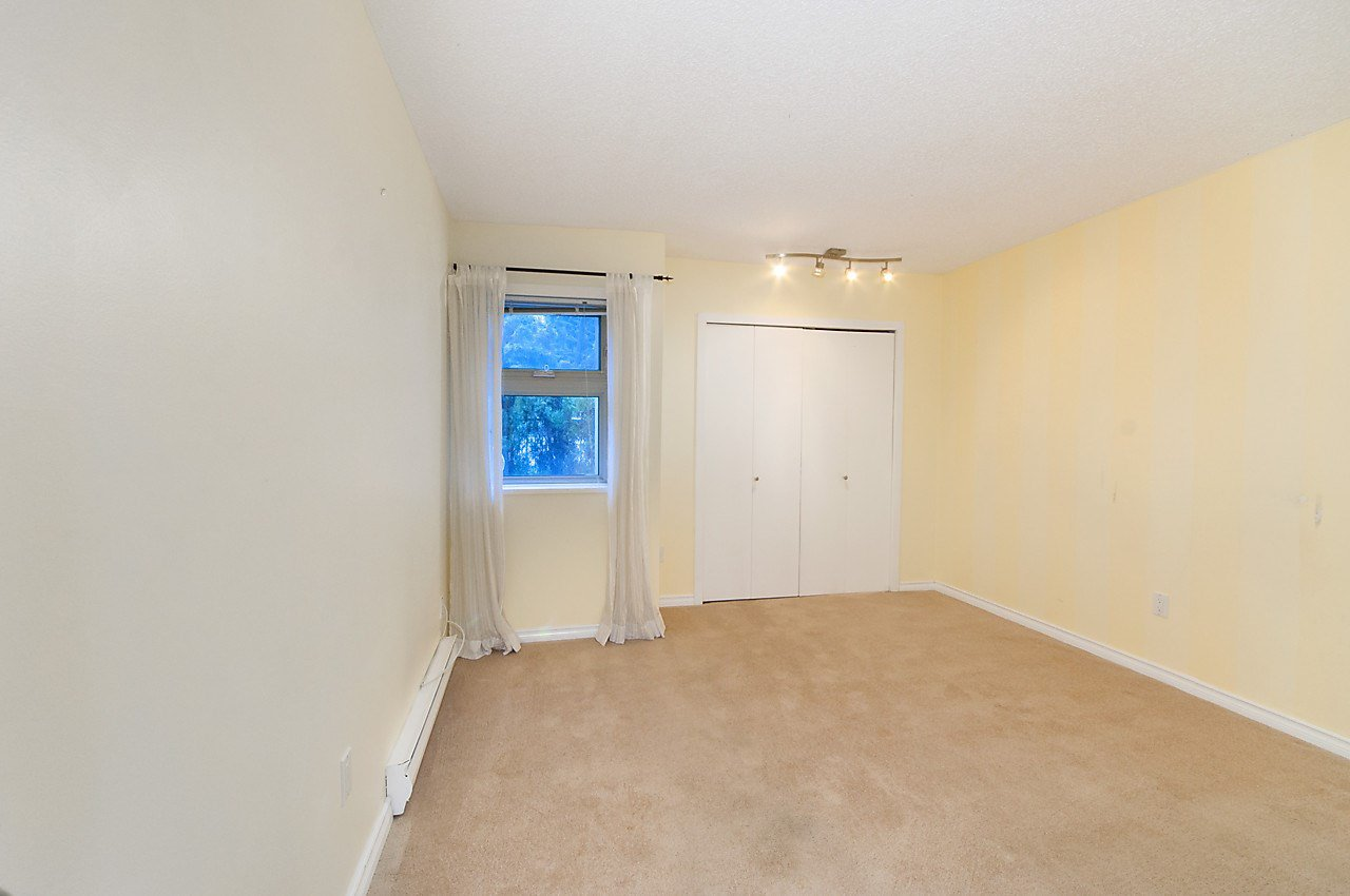 """Photo 12: Photos: 121 4373 HALIFAX Street in Burnaby: Brentwood Park Condo for sale in """"BRENT GARDENS"""" (Burnaby North)  : MLS®# R2128661"""