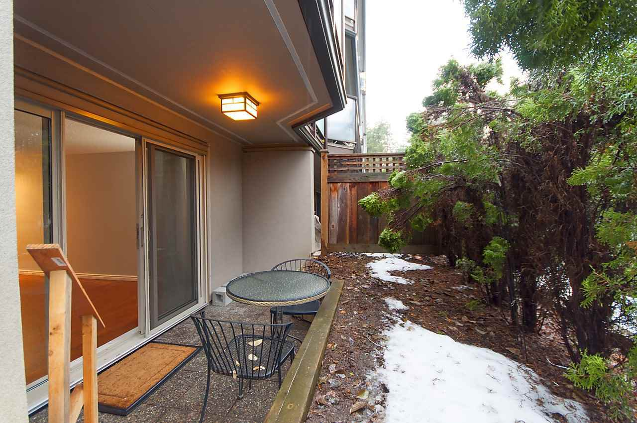 """Photo 11: Photos: 121 4373 HALIFAX Street in Burnaby: Brentwood Park Condo for sale in """"BRENT GARDENS"""" (Burnaby North)  : MLS®# R2128661"""