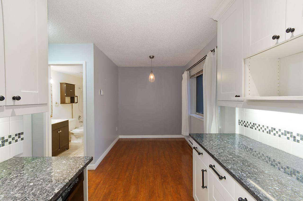"""Photo 5: Photos: 121 4373 HALIFAX Street in Burnaby: Brentwood Park Condo for sale in """"BRENT GARDENS"""" (Burnaby North)  : MLS®# R2128661"""