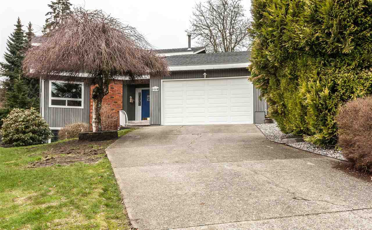 "Main Photo: 1314 STEEPLE Drive in Coquitlam: Upper Eagle Ridge House for sale in ""UPPER EAGLE RIDGE"" : MLS®# R2147880"