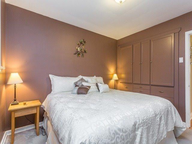 Photo 8: Photos: 49 Firner Street in Clarington: Rural Clarington House (Bungalow) for sale : MLS®# E3758105