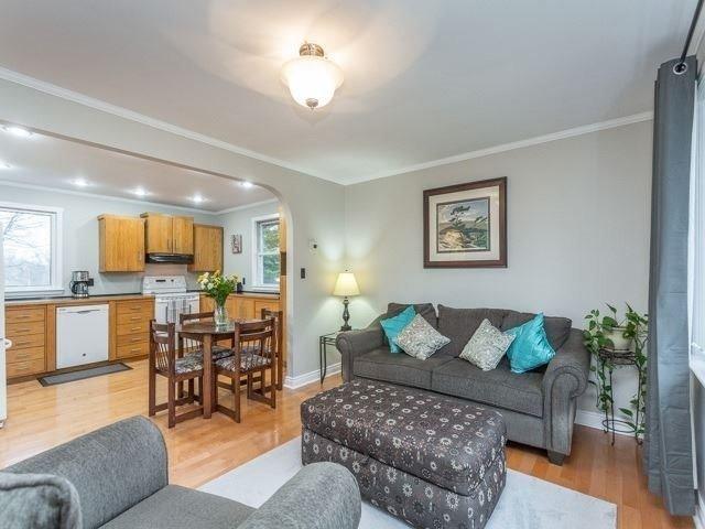 Photo 5: Photos: 49 Firner Street in Clarington: Rural Clarington House (Bungalow) for sale : MLS®# E3758105