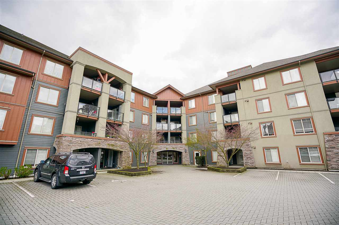 """Main Photo: 2116 244 SHERBROOKE Street in New Westminster: Sapperton Condo for sale in """"COPPERSTONE"""" : MLS®# R2154653"""