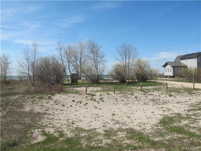 Main Photo:  in Woodlands: Twin Lake Beach Residential for sale (R19)  : MLS®# 1711980