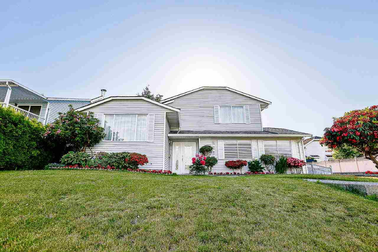 Main Photo: 9623 130 Street in Surrey: Cedar Hills House for sale (North Surrey)  : MLS®# R2176766