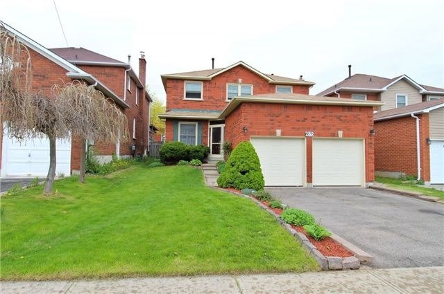 Main Photo: 282 Tranquil Court in Pickering: Highbush House (2-Storey) for sale : MLS®# E3880942