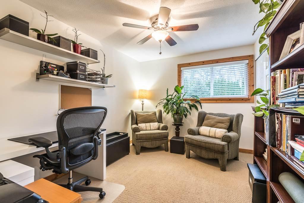 Photo 18: Photos: 1209 JUDD Road in Squamish: Brackendale 1/2 Duplex for sale : MLS®# R2224655