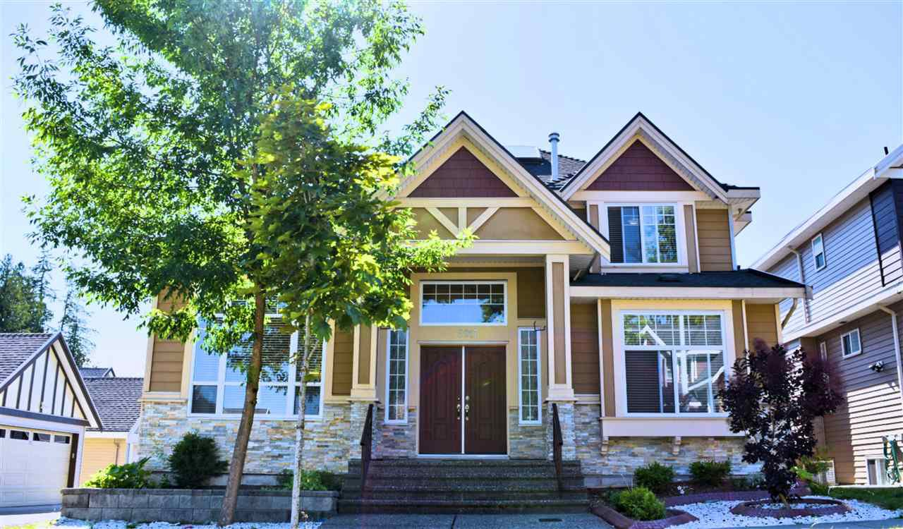 Main Photo: 5917 129A Street in Surrey: Panorama Ridge House for sale : MLS®# R2286965