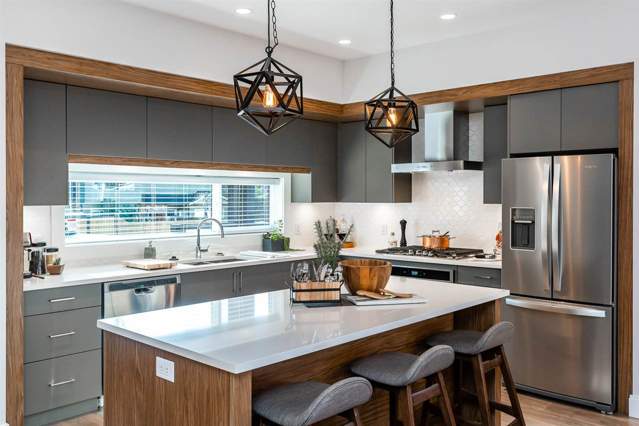 """Photo 3: Photos: 39 33209 CHERRY Avenue in Mission: Mission BC Townhouse for sale in """"58 on CHERRY HILL"""" : MLS®# R2342147"""