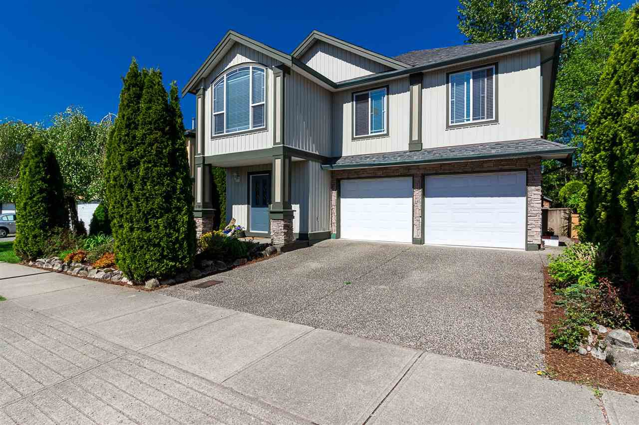 Main Photo: 11765 CREEKSIDE Street in Maple Ridge: Cottonwood MR House for sale : MLS®# R2351247
