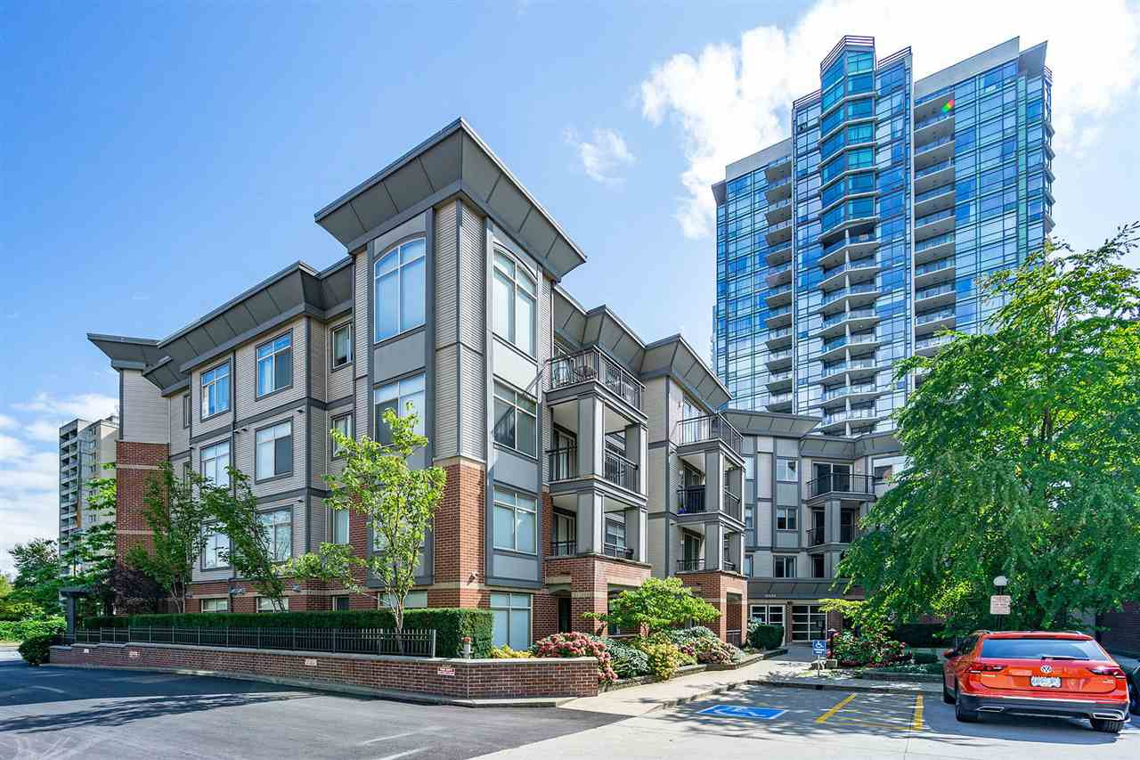 """Main Photo: 316 10455 UNIVERSITY Drive in Surrey: Whalley Condo for sale in """"D'COR"""" (North Surrey)  : MLS®# R2398573"""