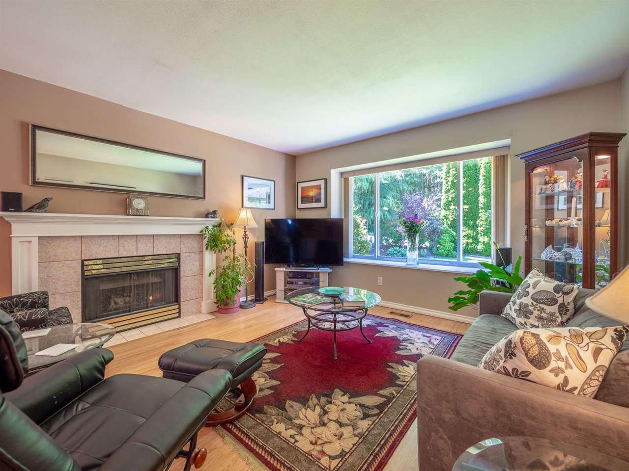 Main Photo: 5834 REEF ROAD in Sechelt: Sechelt District House for sale (Sunshine Coast)  : MLS®# R2442223