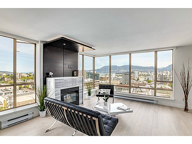 "Main Photo: 1201 1405 W 12TH Avenue in Vancouver: Fairview VW Condo for sale in ""THE WARRENTON"" (Vancouver West)  : MLS®# V1062327"