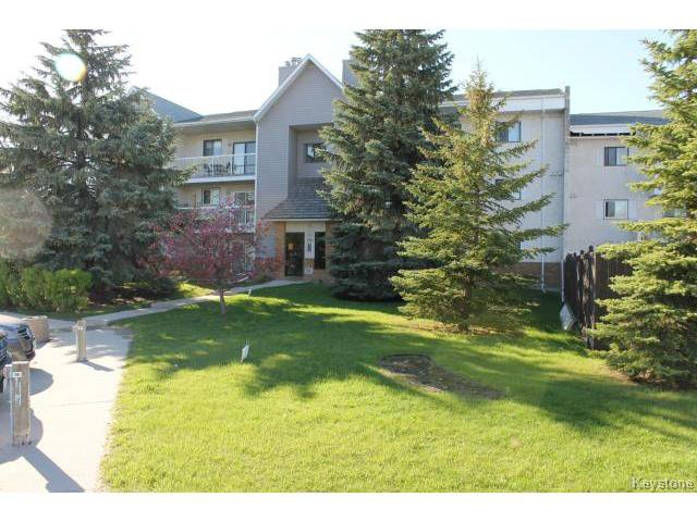 Main Photo: 110 Plaza Drive in WINNIPEG: Fort Garry / Whyte Ridge / St Norbert Condominium for sale (South Winnipeg)  : MLS®# 1513202