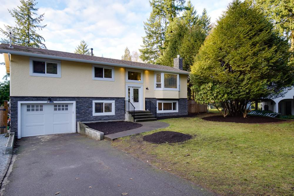 Main Photo: 9241 MARR Street in Langley: Fort Langley House for sale : MLS®# R2022589