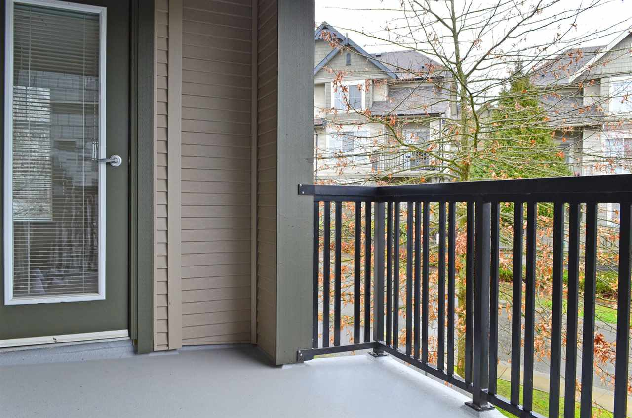 """Photo 15: Photos: 413 2988 SILVER SPRINGS Boulevard in Coquitlam: Westwood Plateau Condo for sale in """"TRILLIUM AT SILVER SPRINGS"""" : MLS®# R2044484"""
