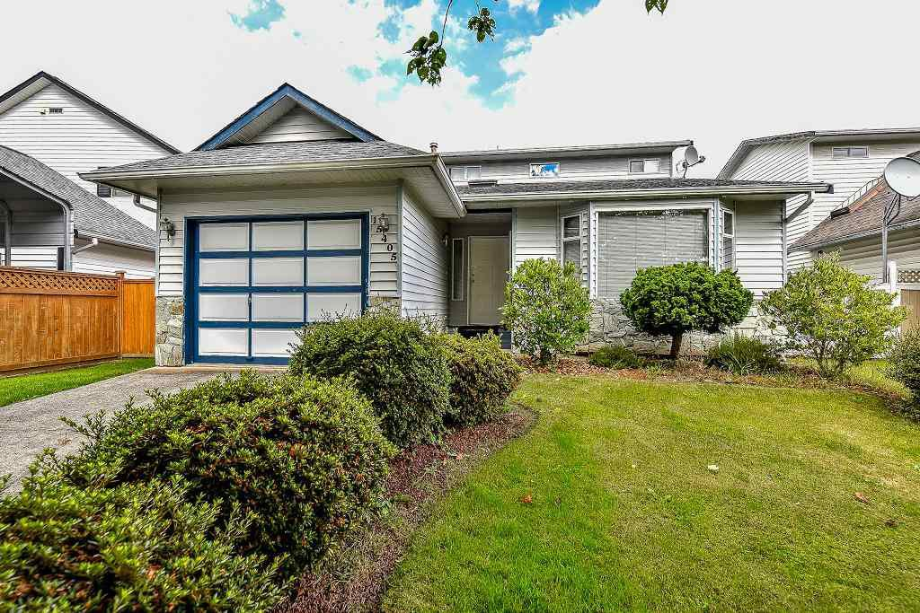 "Main Photo: 15405 90TH Avenue in Surrey: Fleetwood Tynehead House for sale in ""BERKSHIRE PARK area"" : MLS®# R2092248"