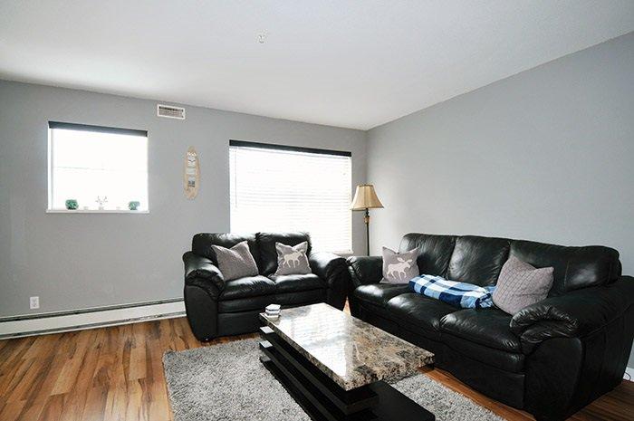 Photo 3: Photos: 206 20561 113 Avenue in Maple Ridge: Southwest Maple Ridge Condo for sale : MLS®# R2137882