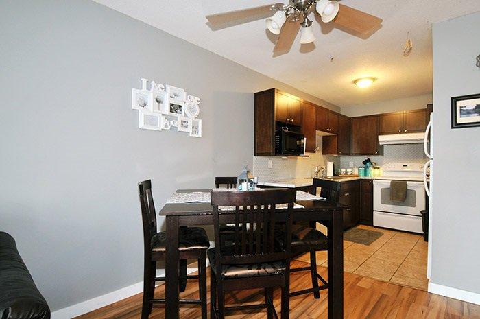 Photo 6: Photos: 206 20561 113 Avenue in Maple Ridge: Southwest Maple Ridge Condo for sale : MLS®# R2137882