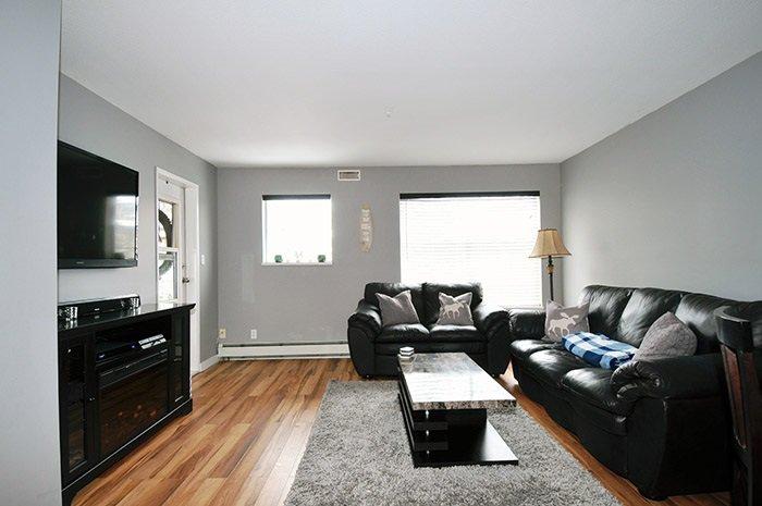 Photo 2: Photos: 206 20561 113 Avenue in Maple Ridge: Southwest Maple Ridge Condo for sale : MLS®# R2137882
