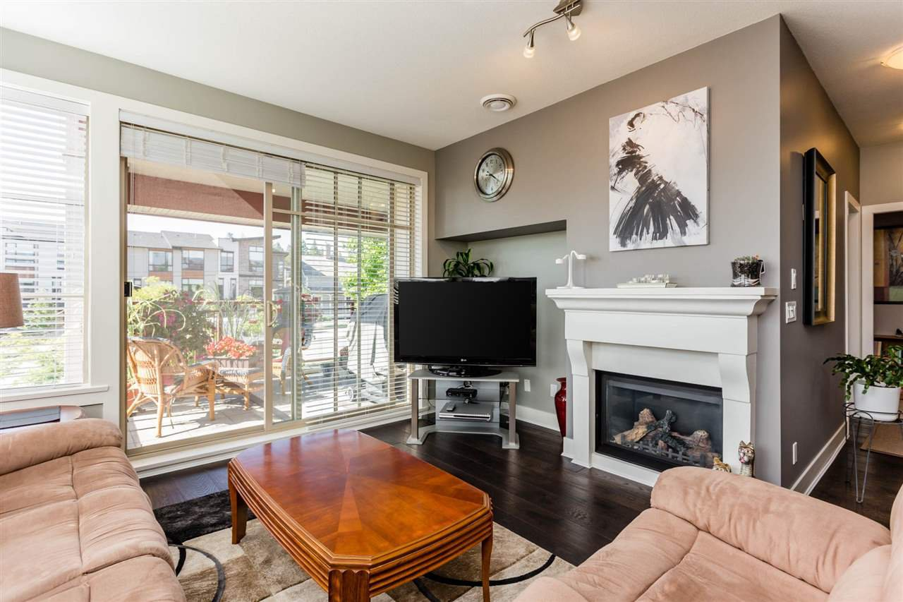 """Photo 6: Photos: 202 16447 64 Avenue in Surrey: Cloverdale BC Condo for sale in """"St. Andrew's"""" (Cloverdale)  : MLS®# R2184121"""