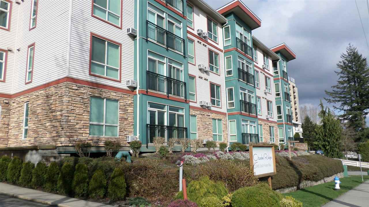 """Main Photo: 405 33485 SOUTH FRASER Way in Abbotsford: Central Abbotsford Condo for sale in """"Citadel Ridge"""" : MLS®# R2207538"""
