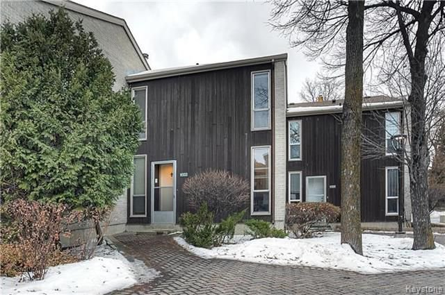 Main Photo: 102 1 Snow Street in Winnipeg: University Heights Condominium for sale (1K)  : MLS®# 1730024