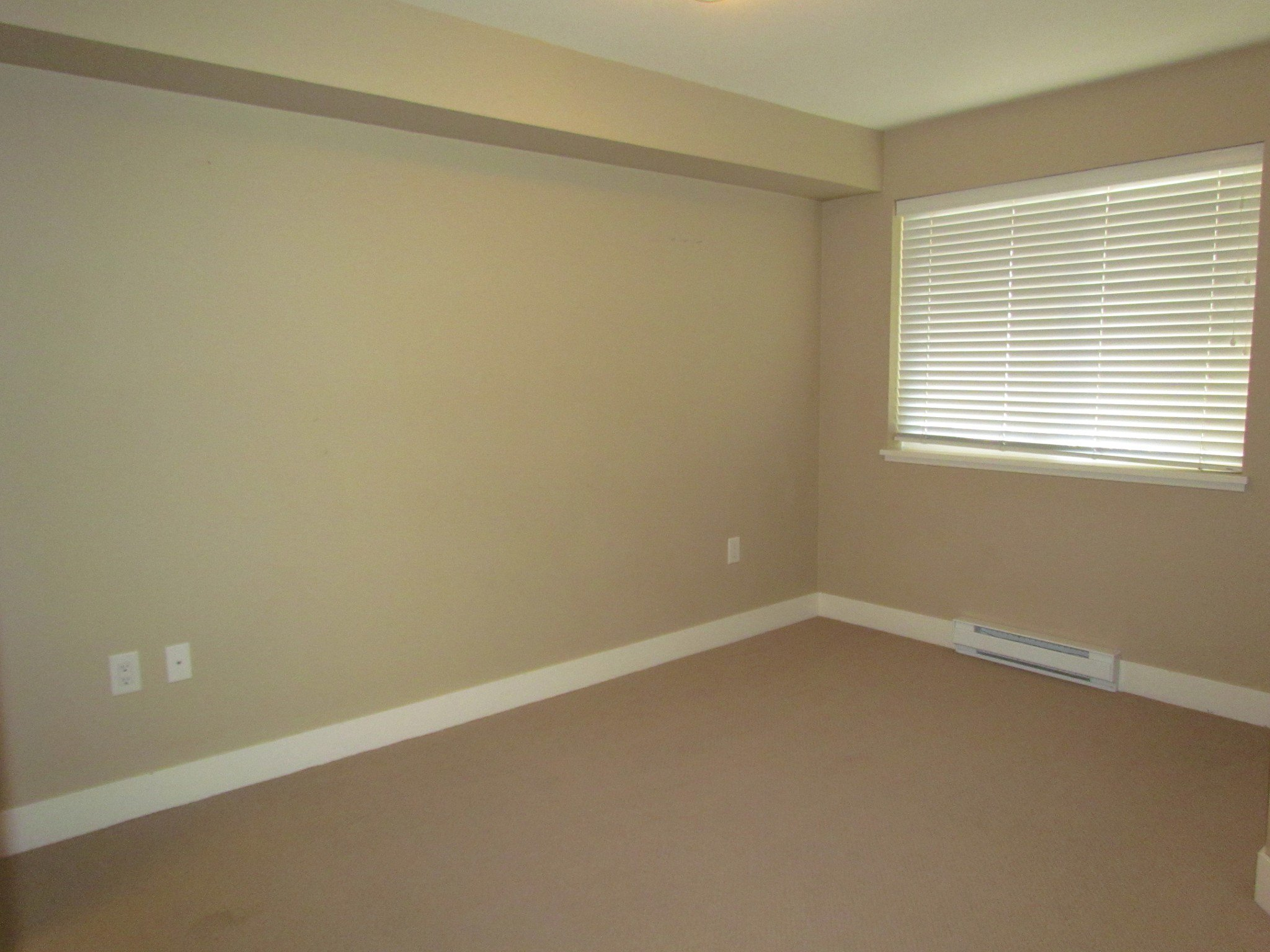 Photo 6: Photos: #204 2515 Park Drive in Abbotsford: Central Abbotsford Condo for rent
