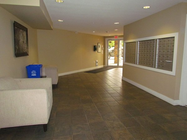 Photo 10: Photos: #204 2515 Park Drive in Abbotsford: Central Abbotsford Condo for rent