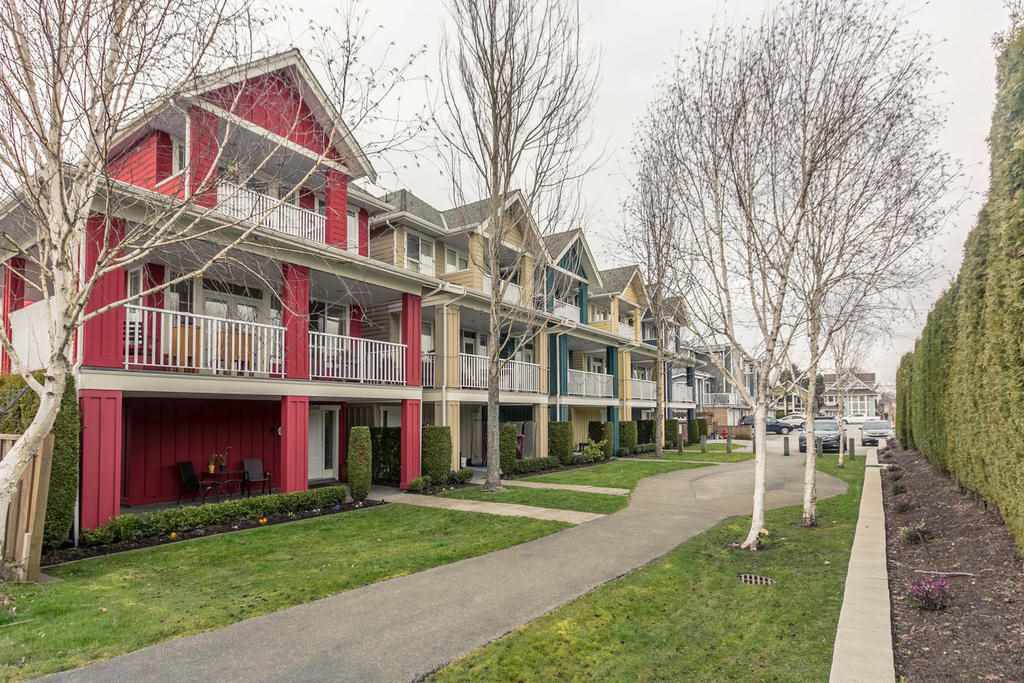 "Main Photo: 6 12060 7TH Avenue in Richmond: Steveston Village Townhouse for sale in ""GARY POINTE PARC"" : MLS®# R2246451"