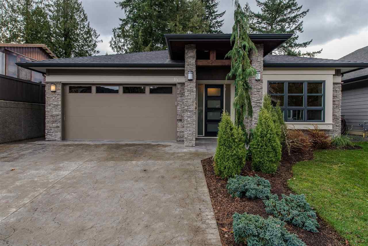 """Photo 2: Photos: 14 45348 MAGDALENA Place: Cultus Lake House for sale in """"RIVERSTONE ESTATES"""" : MLS®# R2257207"""
