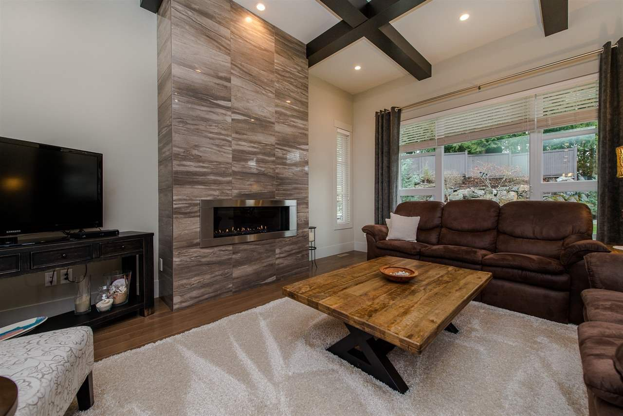 """Photo 9: Photos: 14 45348 MAGDALENA Place: Cultus Lake House for sale in """"RIVERSTONE ESTATES"""" : MLS®# R2257207"""