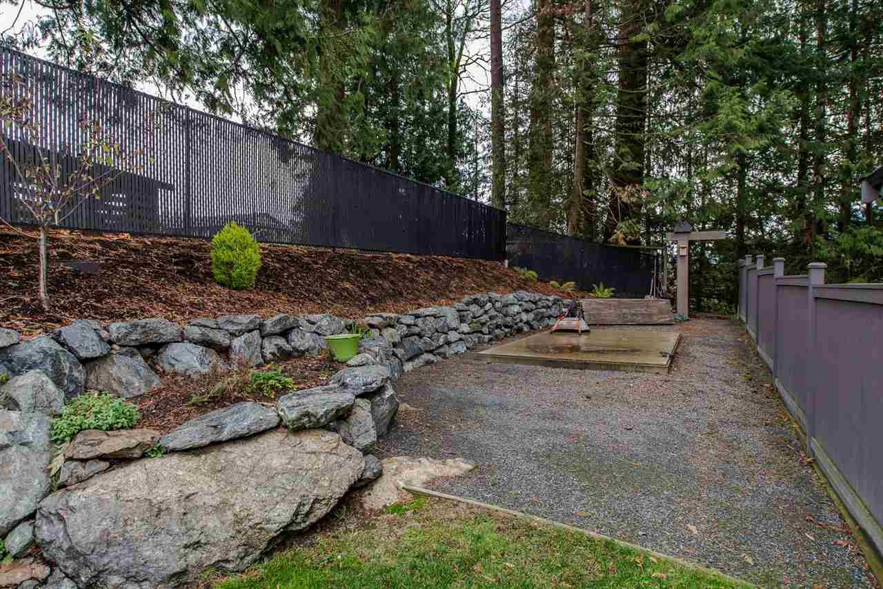 """Photo 19: Photos: 14 45348 MAGDALENA Place: Cultus Lake House for sale in """"RIVERSTONE ESTATES"""" : MLS®# R2257207"""