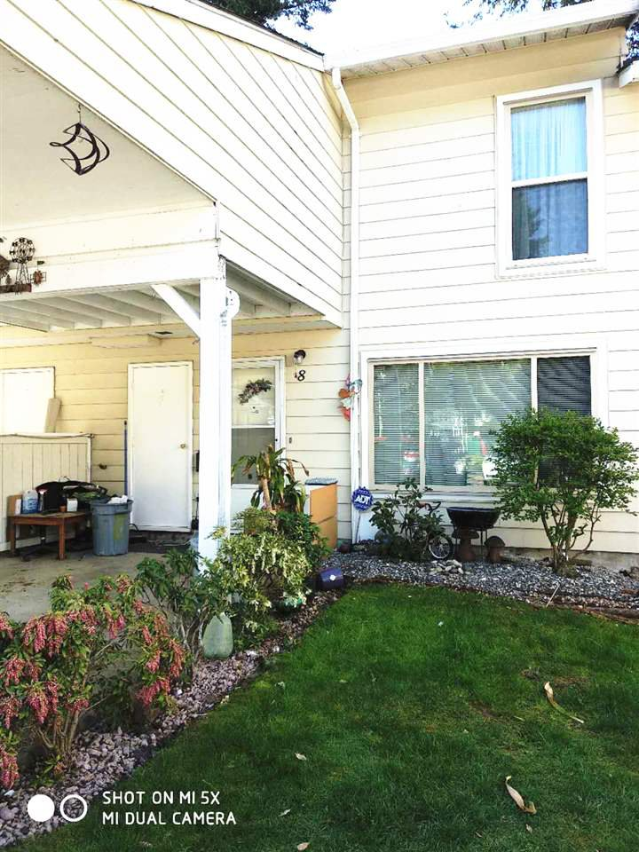 """Main Photo: 8 3075 TRETHEWEY Street in Abbotsford: Abbotsford West Townhouse for sale in """"Silkwood Estates"""" : MLS®# R2267896"""