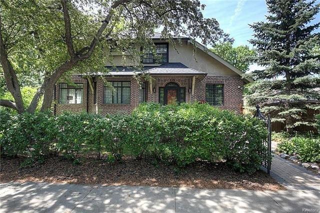Main Photo: 138 Harrow Street in Winnipeg: Crescentwood Residential for sale (1C)  : MLS®# 1814456