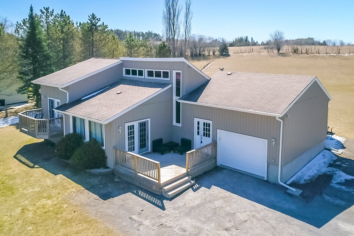 Main Photo: 134 Aldred Drive in Scugog: Port Perry House (Bungalow) for sale : MLS®# E4151496