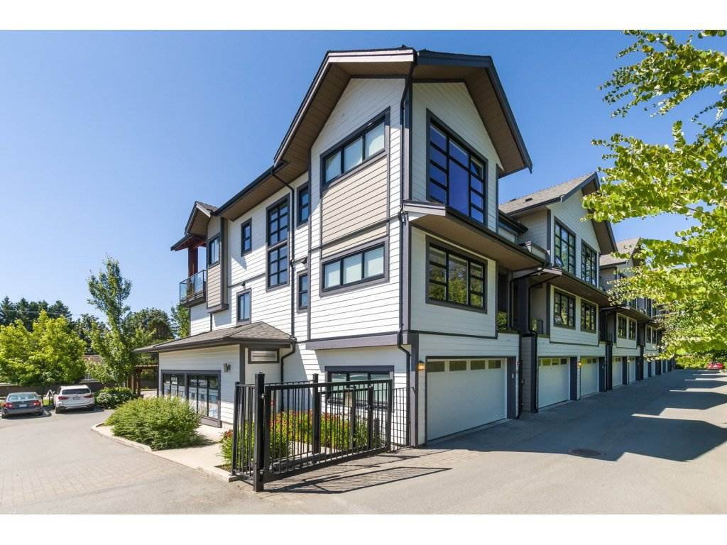 """Main Photo: 201 13585 16 Avenue in Surrey: Crescent Bch Ocean Pk. Townhouse for sale in """"Bayview Terrace"""" (South Surrey White Rock)  : MLS®# R2288990"""