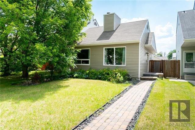 Main Photo: 60 Birchbark Bay in Winnipeg: Garden City Residential for sale (4F)  : MLS®# 1821013