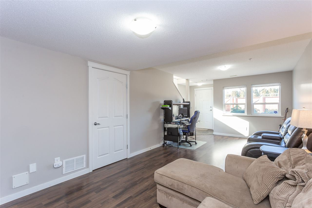 "Photo 16: Photos: 7 1380 CITADEL Drive in Port Coquitlam: Citadel PQ Townhouse for sale in ""CITADEL STATION"" : MLS®# R2338878"