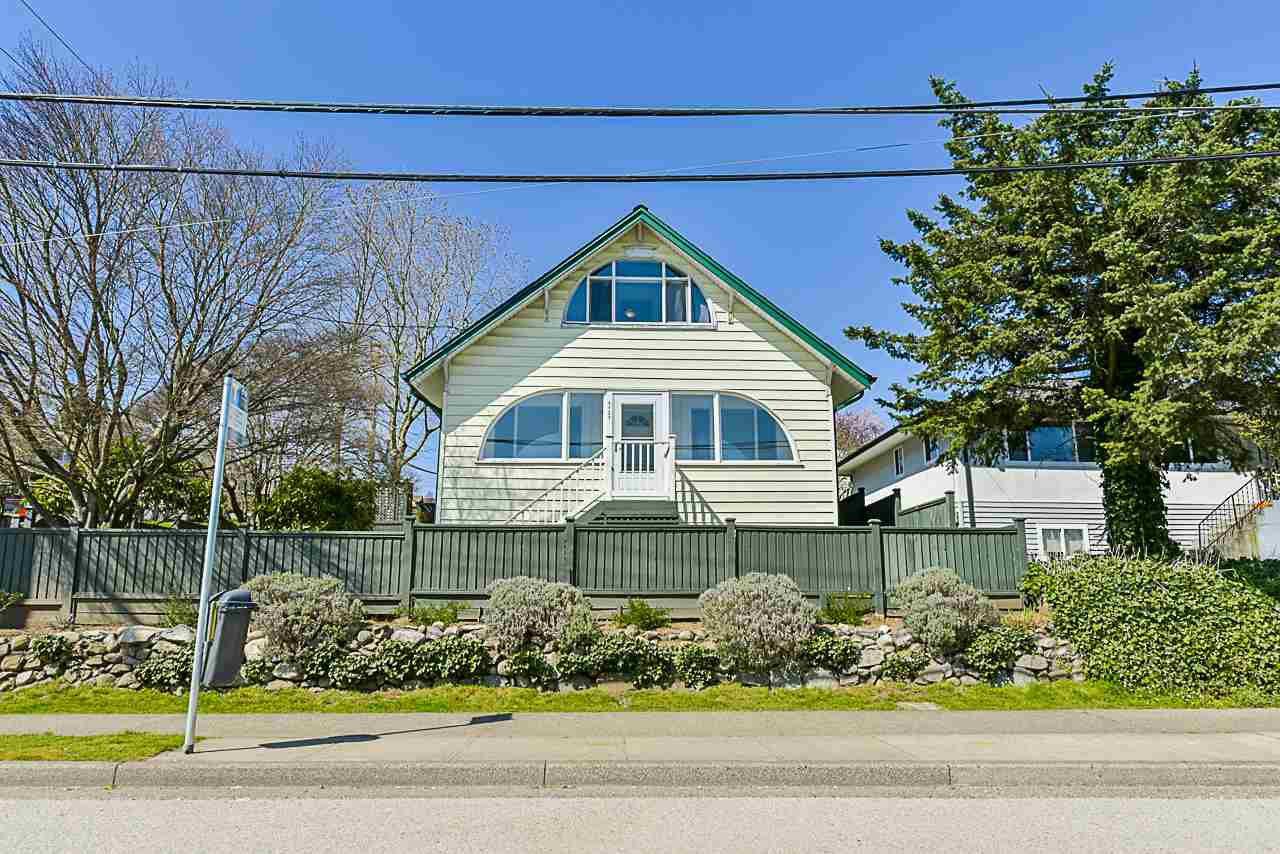 """Main Photo: 1721 SIXTH Avenue in New Westminster: West End NW House for sale in """"WEST END"""" : MLS®# R2354693"""