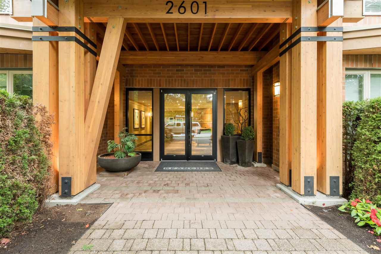 "Main Photo: 407 2601 WHITELEY Court in North Vancouver: Lynn Valley Condo for sale in ""Branches"" : MLS®# R2355121"