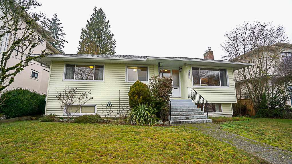 Main Photo: 3737 SOUTHWOOD Street in Burnaby: Suncrest House for sale (Burnaby South)  : MLS®# R2368984
