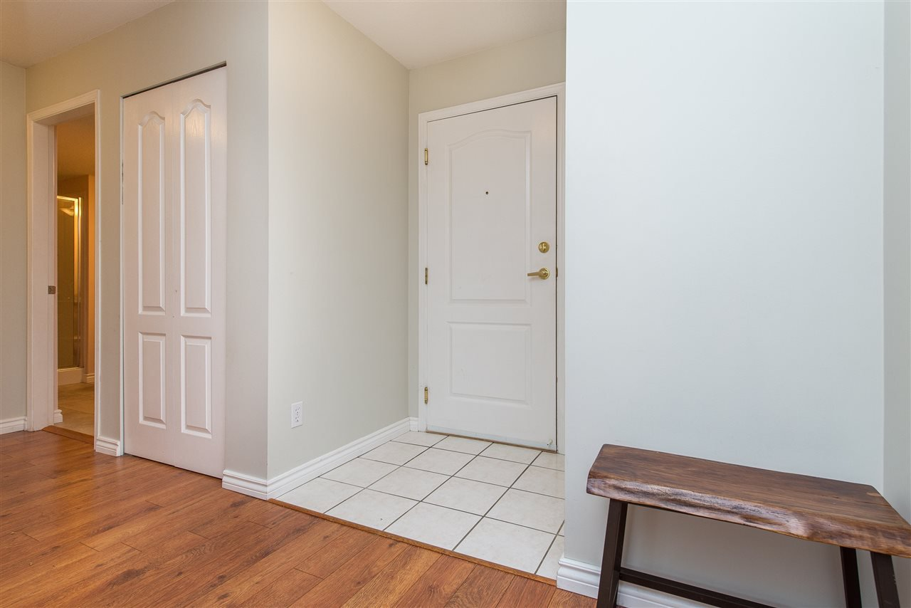 """Photo 20: Photos: 318 32085 GEORGE FERGUSON Way in Abbotsford: Abbotsford West Condo for sale in """"Arbour Court"""" : MLS®# R2376542"""