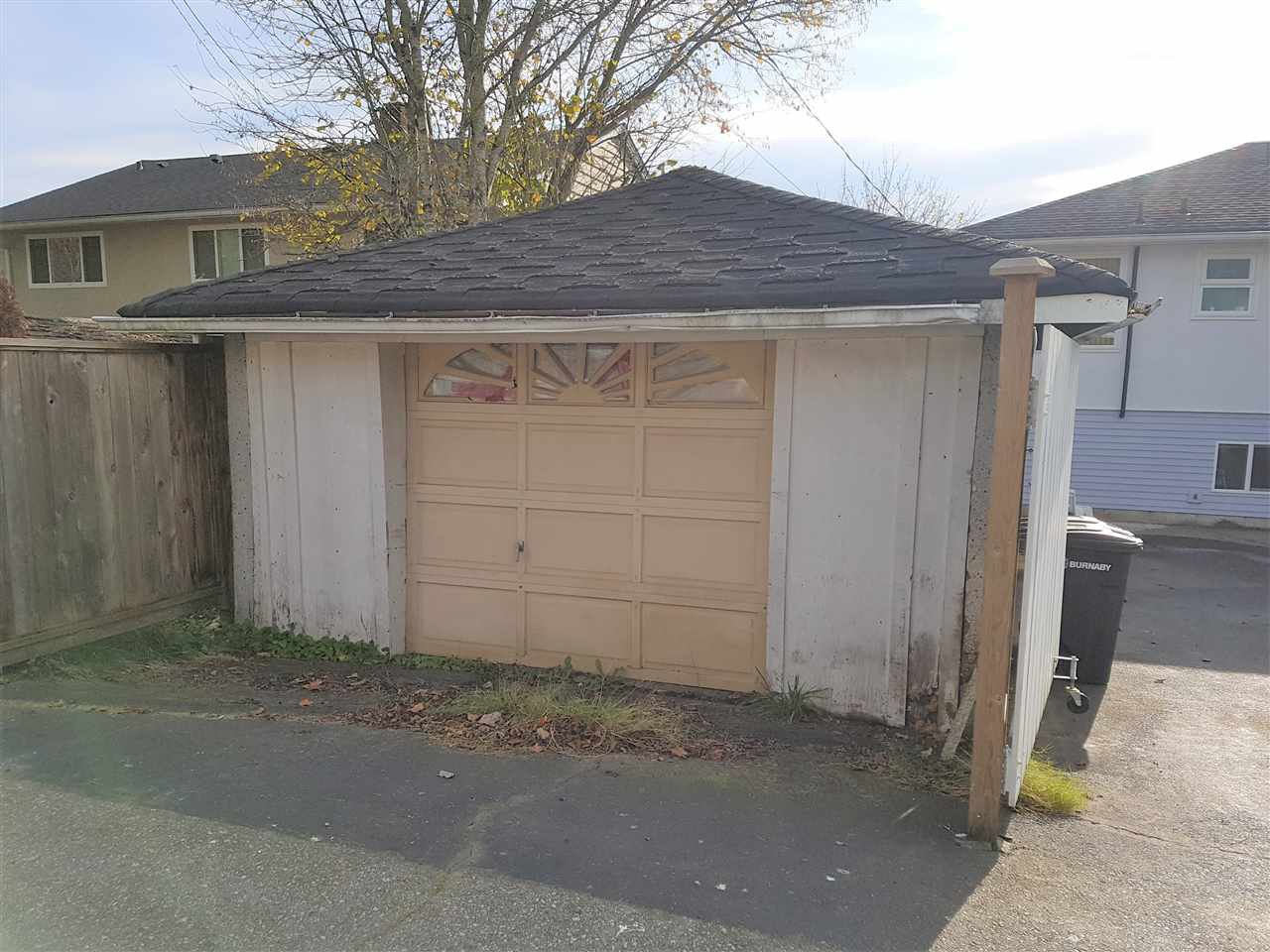 Photo 20: Photos: 3837 HURST Street in Burnaby: Suncrest House for sale (Burnaby South)  : MLS®# R2419284