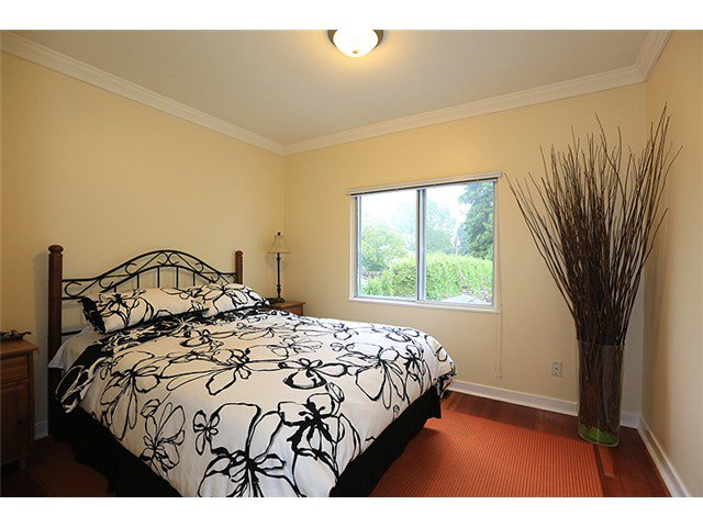 Photo 5: Photos: 929 SIXTH Street in New Westminster: GlenBrooke North House for sale : MLS®# V1049972