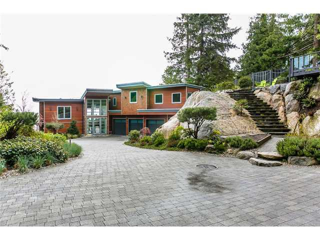Main Photo: Sechelt Waterfront Real Estate