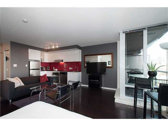 """Photo 4: Photos: 1607 668 CITADEL PARADE in Vancouver: Downtown VW Condo for sale in """"SPECTRUM"""" (Vancouver West)  : MLS®# V1093440"""