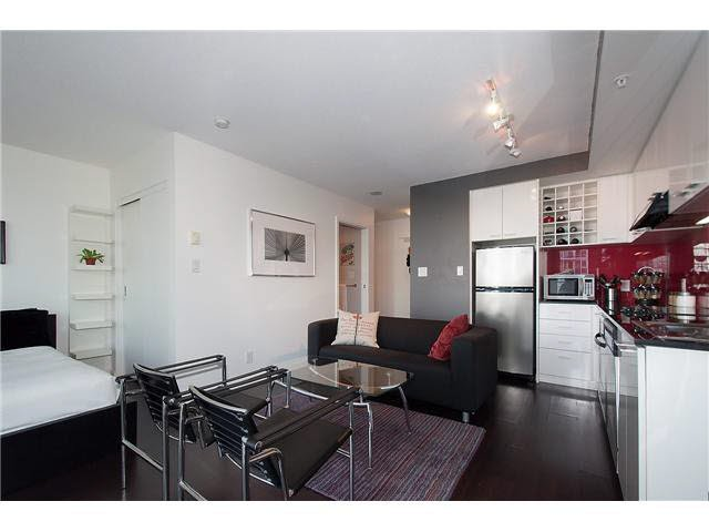 """Photo 6: Photos: 1607 668 CITADEL PARADE in Vancouver: Downtown VW Condo for sale in """"SPECTRUM"""" (Vancouver West)  : MLS®# V1093440"""