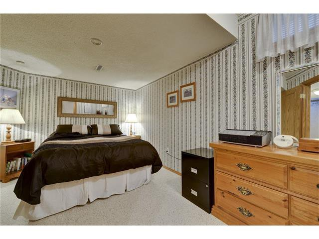 Photo 17: Photos: 834 COVENTRY Drive NE in Calgary: Coventry Hills House for sale : MLS®# C4054976